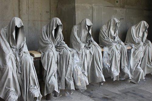 20171222135129-contemporary-art-design-sculpture-show-ghost-time-guardians-waechter-sculptor-artist-manfred-kielnhofer-kili-1