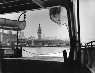 Lh_ferry-steamer_001