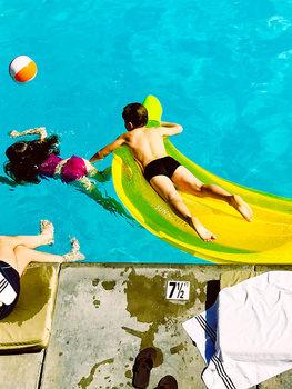 20180731004624-joanne_handley_swimming_pool_2