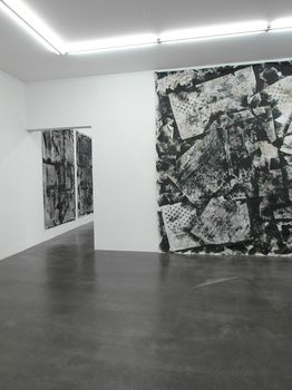 20190302202528-paul_weiner_at_krupic_kersting_gallery_1
