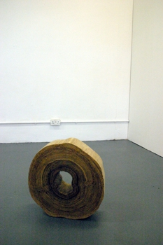 9__quercus_ano__installation_shot_-_oak_veneer_pva_wood_glue___teak_oil_-_14cm_x_50cm_x_49cm_-_2008