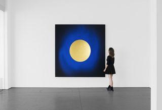 20190402220123-lita_albuquerque_solo_exhibition_2018_installation_view_2