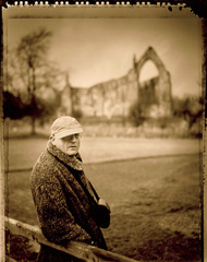 _jim_mchugh_david_hockney_at_bolton_abbey