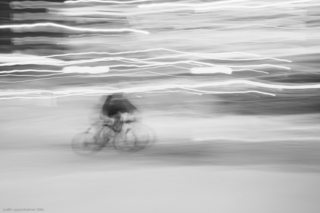 Delivery_man_bw