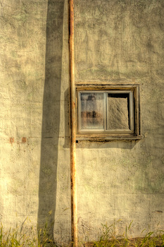 20110911110356-trip__9_pole_window_n_wall_nebraska__2_web_copy