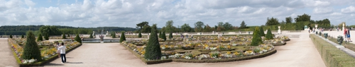 Gardens-at-versailles_web