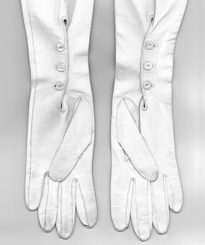 Rh_long_gloves_det-1