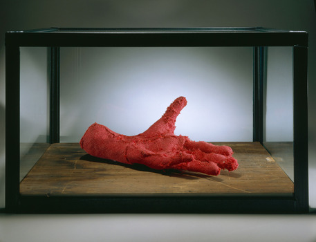 Louisebourgeois_hand_2001_redfabric_wood_glassandsteel_2