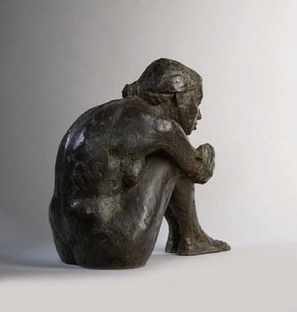 Peter-brooke-seated-figure-back