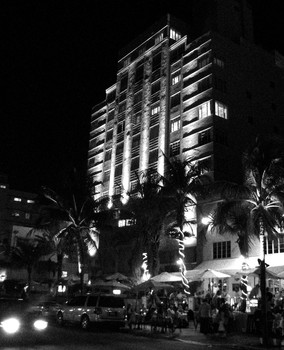 Bjlloyd_-_night_on_ocean_drive