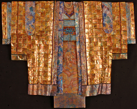 _robe_of_peace