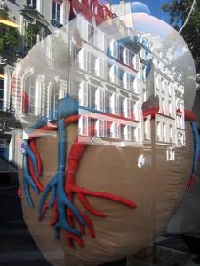 Heart_of_paris