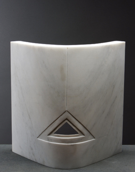 Carrara-curved-triangle_n0z3280x