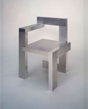 Rietveld_chair_alum