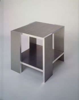 Rietveld_crate_table