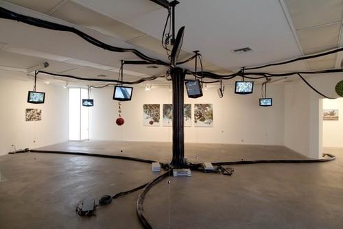 Tauber_2007_sickamour_installation11_lores