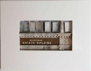 Broadway_arcade_building-1
