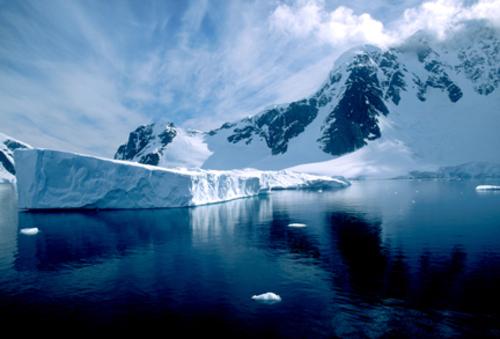 7-tabular_glacier_landscape
