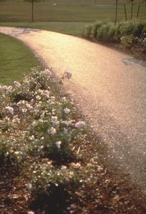 Ukeles--turnaround_surround__glassphalt_path