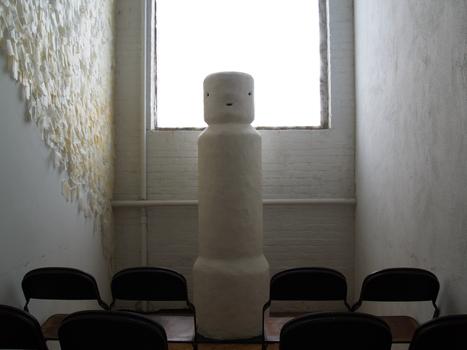 Totem-mid-size-horizontal