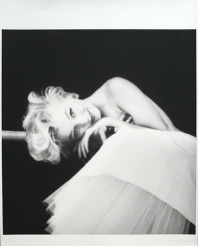Marilyn_ballerina_by_milton_greene
