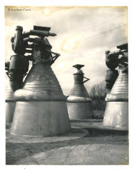 Polaroid_booster_rockets