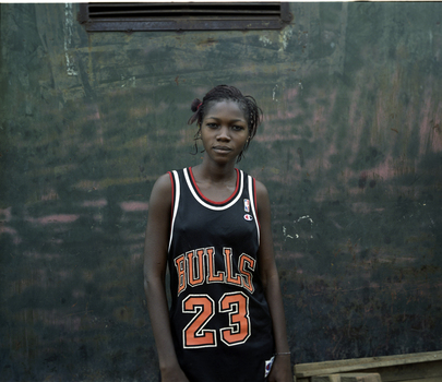 Bamako_soccer_girl_2