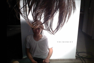 The_moment_front-3