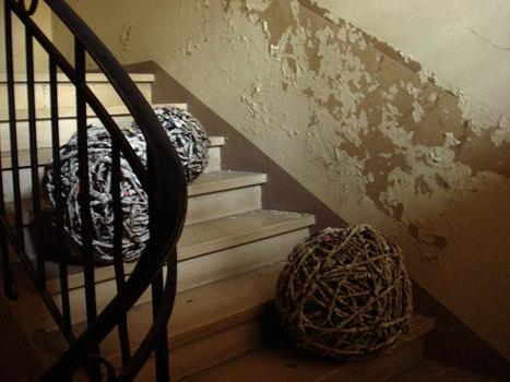 Balls-stairs