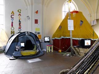 Tentshow2