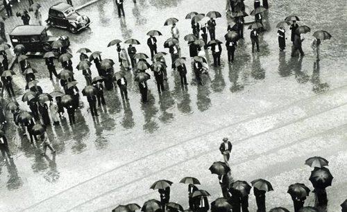Katihorna_umbrellasbarcelon_0
