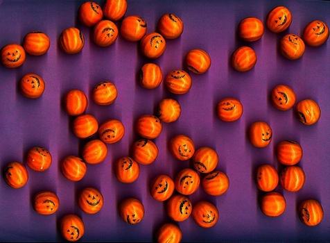 Smiling_pumpkins_lavender