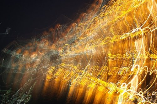 20100813031119-painting_music_with_light