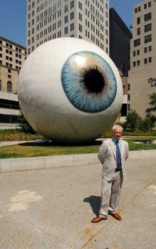 20100816154511-eye_live_with_artist_tony_tasset_by_d
