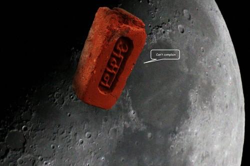 20100818081017-bricks_in_space