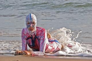 20100824101820-body_beach_640