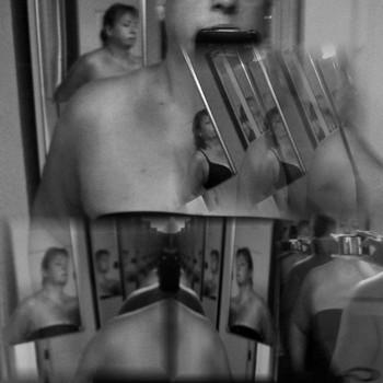 20100909215912-mirrorimage2