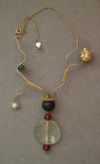 20100930114125-florence_reznikoff_necklace