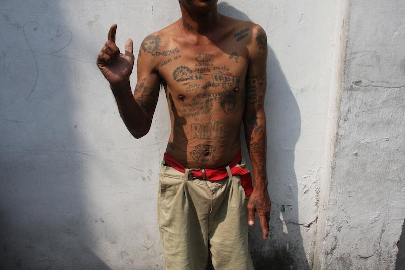 20101011040128-101007_135kb_david_griggs_new_york_london_paris_rome_manila_city_jail_2009