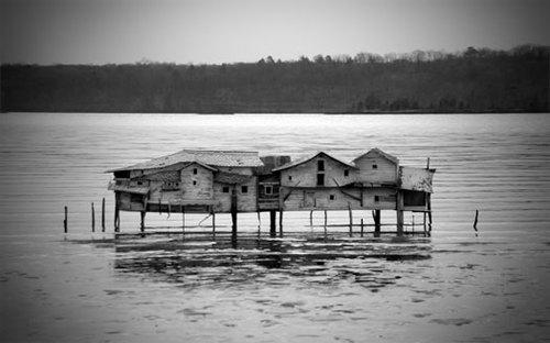 20101020060405-mudflathouse