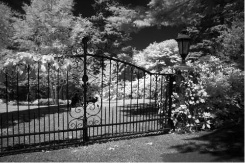 20101026100315-gates_revisted