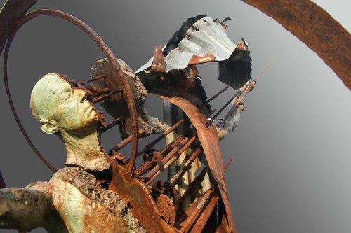 20101109205916-fragmentedman2-webv