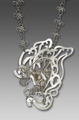 20101110100414-diane_weimer_necklace2flight