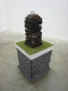 J_mora_black_stack