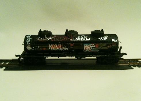 20101223225022-tanker4