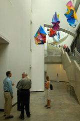 20110102102341-museum-volunteers1