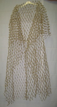 20110105172410-shawl_of_luck_wishbones_and_cotton_thread