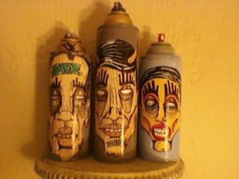 20110109142529-we_three_kings_fade_consume_drift_