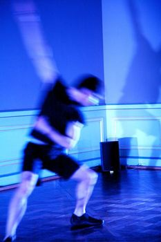 20110111024426-9_jac_danse_smart_094