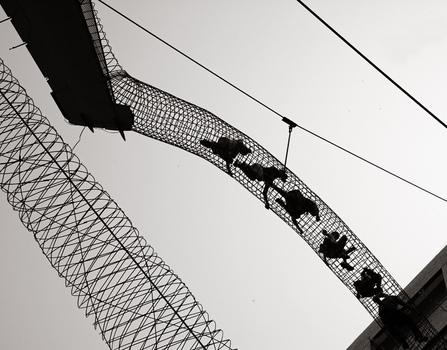 20110112233006-citymuseum_walkway